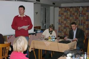 mitglieder versammlung2010 1